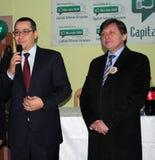 Crin Antonescu et vainqueur Ponta Image stock