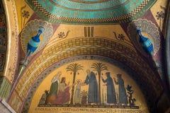 Cripta dentro de la catedral de la basílica en Monte Cassino Abbey Italia Foto de archivo
