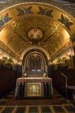 Cripta dentro de la catedral de la basílica en Monte Cassino Abbey Italia Imagenes de archivo