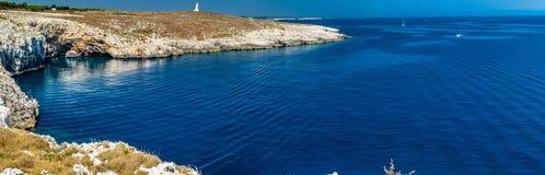 crique dans la plage rocheuse sur la Mer Adriatique Images stock