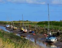 Crique de marée à marée basse Image libre de droits