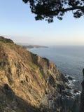 Crique et littoral en lambeaux de point en septembre 2017 Photo stock