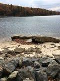 Crique profonde, plage de DM un jour d'automne Images libres de droits