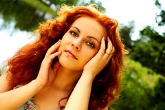 Crisalide Red-headed del lago Fotografia Stock