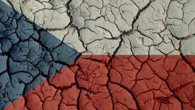 Crisi politica o crepe ambientali del fango di concetto con la bandiera della repubblica Ceca fotografie stock libere da diritti