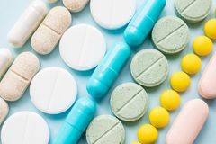 Crisis de los calmantes del opiáceo y concepto de la tenencia ilícita de drogas Opiáceo y pre imágenes de archivo libres de regalías