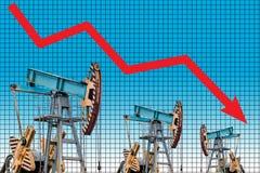 Crisis del precio del petróleo Ejemplo del gráfico de la caída de precios del aceite Fotografía de archivo libre de regalías