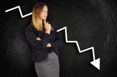 crisis Grafiekverlies Bedrijfs ongerust gemaakte vrouw Royalty-vrije Stock Afbeeldingen