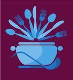 Crisol azul con las cucharas y las forkes -1 Imágenes de archivo libres de regalías