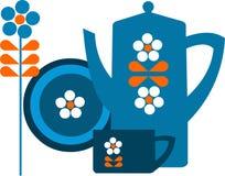 Crisol azul y una taza con la flor Fotografía de archivo
