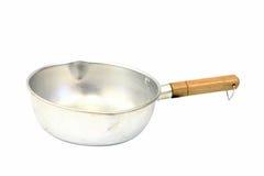 Crisol de cocinar viejo aislado en blanco Imagen de archivo libre de regalías