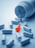 Crisol de píldoras Fotografía de archivo libre de regalías