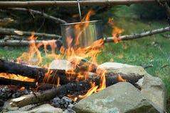 Crisol en el fuego Fotografía de archivo