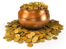 Crisol por completo de monedas de oro Fotografía de archivo