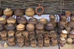 Crisoles de cerámica tradicionales Fotos de archivo libres de regalías