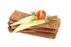 Crispbread with cheese, tomato and dill Royalty Free Stock Photos