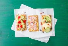 Free Crispbread With Fresh Veggies Royalty Free Stock Photos - 73086958