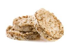 Crispbreads зерна изолированные на белой предпосылке Стоковое Изображение