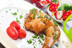 Crispy roasted chicken quarter Royalty Free Stock Photos