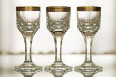 Cristal antiguo con del oro todavía de la decoración la vida 1 Foto de archivo libre de regalías