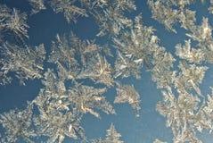 Cristal de gelo nas janelas Fotografia de Stock Royalty Free