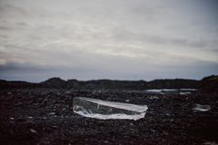 Cristal de gelo no assoalho em Islândia Fotos de Stock