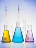 Cristalería de laboratorio Imagen de archivo libre de regalías