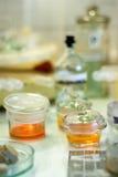 Cristalería de laboratorio Fotografía de archivo