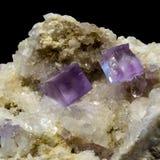 Cristales del fluorito imagenes de archivo