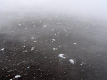 Cristales del hielo en superficie volcánica caliente Fotografía de archivo libre de regalías