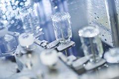 Cristalleria della medicina della farmacia al lavaggio fotografia stock