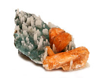 Cristalli arancio di Stilbite con le stalattiti coperte di Cr del quarzo Fotografia Stock