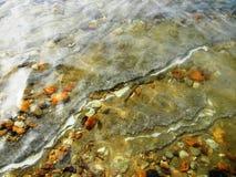 Cristalli del sale nel mare guasto fotografia stock libera da diritti
