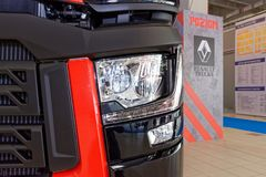 Cristallo di Renault e faro anteriore moderno immagine stock