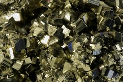 Cristaux de pyrite de fer Images stock