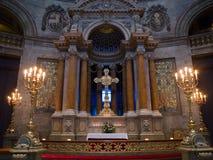 Cristianismo - altere en una iglesia fotos de archivo