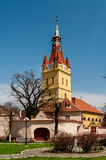 CristianNeustadt (布拉索夫)被加强的教会 图库摄影