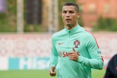 Cristiano Ronaldo, avant jeu entre le Lettonie-Portugal Image stock