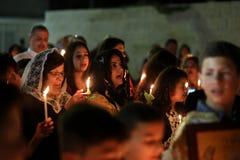 Cristianos palestinos en la iglesia del St Porphyrius en Gaza Foto de archivo
