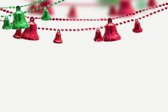 Cristmas objekt, julklockor på vit bakgrund fotografering för bildbyråer