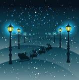 Cristmas Santa Claus och renar, gataljus med jul stock illustrationer