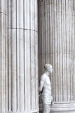 Cristo com a coroa do arame farpado na frente da catedral do ` s de St Paul Fotografia de Stock