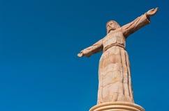 Cristo monumental en las colinas de Atachi Taxco, México fotos de archivo