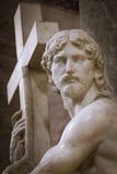 Cristo que leva a cruz Imagem de Stock
