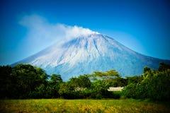 cristobal san vulkan Arkivfoton