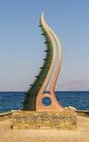 Crit-agios de la Grèce Nikolaos - Stella sur la vague de bord de mer du métal et du verre Images stock