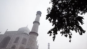 Critique el tiro de Taj Mahal, Agra, Uttar Pradesh, la India almacen de metraje de vídeo