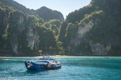 Criuse-Schiffe in Koh Phi Phi 5 Stockfoto