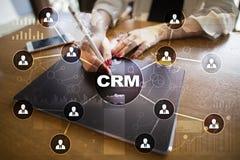 CRM Διοικητική έννοια σχέσης πελατών Εξυπηρέτηση πελατών και σχέση Στοκ Εικόνα