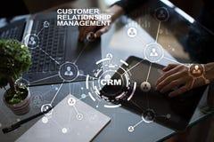 CRM Het concept van het klantrelatiebeheer De klantendienst en verhouding royalty-vrije stock foto